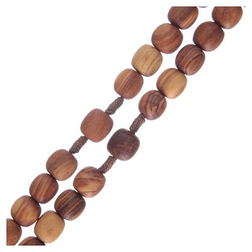 Chapelet en bois d'olivier et croix taillée 3