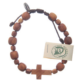 Bracciale in legno d'ulivo con croce s2