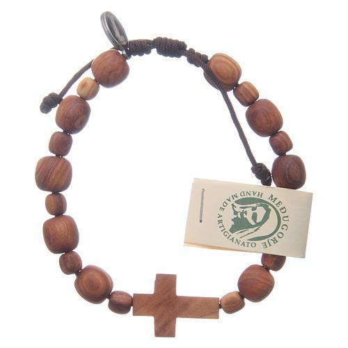 Bransoletka z drewna oliwnego z krzyżem 2