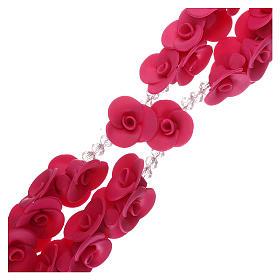 Rosario con rosas de cerámica de color fucsia s3