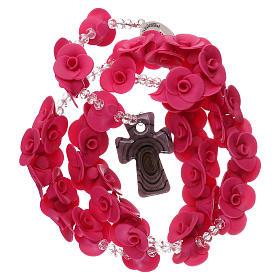 Rosario con rosas de cerámica de color fucsia s4