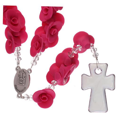 Rosario con rosas de cerámica de color fucsia 2