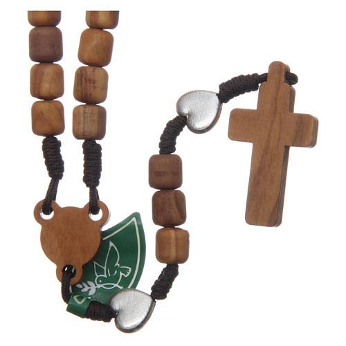 Rosenkranzkette aus Medjugorje, mit Olivenholzperlen und Metallherzen auf brauner Kordel 2