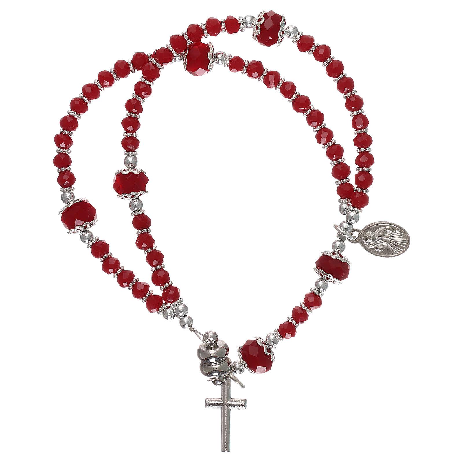 Bracciale rosso Medjugorje cristallo e metallo con croce e medaglia 4
