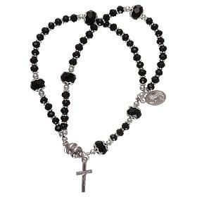 Bracelets, dizainiers: Bracelet noir Medjugorje cristal et métal avec croix et médaille