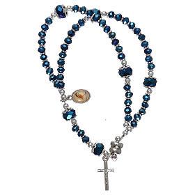 Bracelets, dizainiers: Bracelet bleu Medjugorje cristal et métal avec croix et médaille
