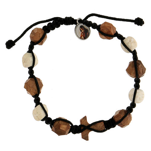 Bracelet with olive wood components, characterised by rounded beads and tau cross 2
