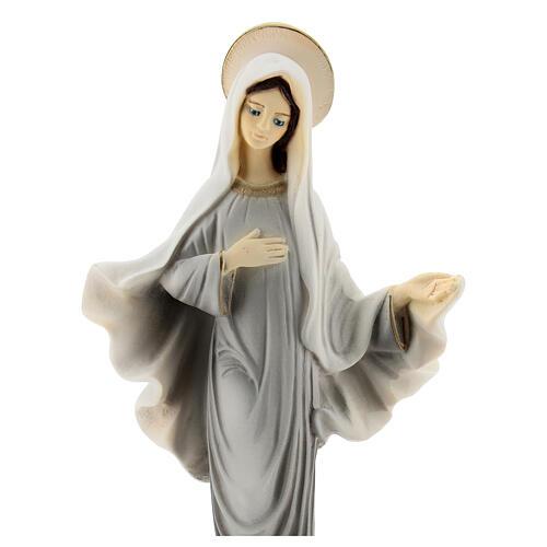 Madonna von Medjugorje aus bemaltem Marmorstaub, 20 cm