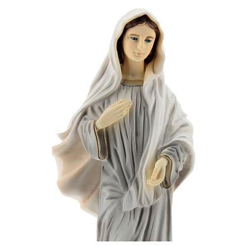 Virgen de Medjugorje pintada 20 cm iglesia San Santiago polvo de mármol