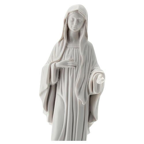 Madonna von Medjugorje aus weißem Marmorstaub, 30 cm AUßEN