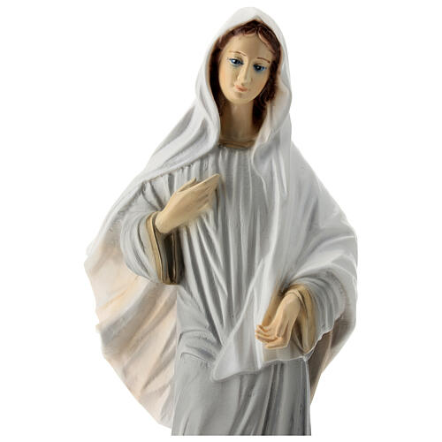 Virgen de Medjugorje vestido gris polvo mármol 40 cm pintada EXTERIOR
