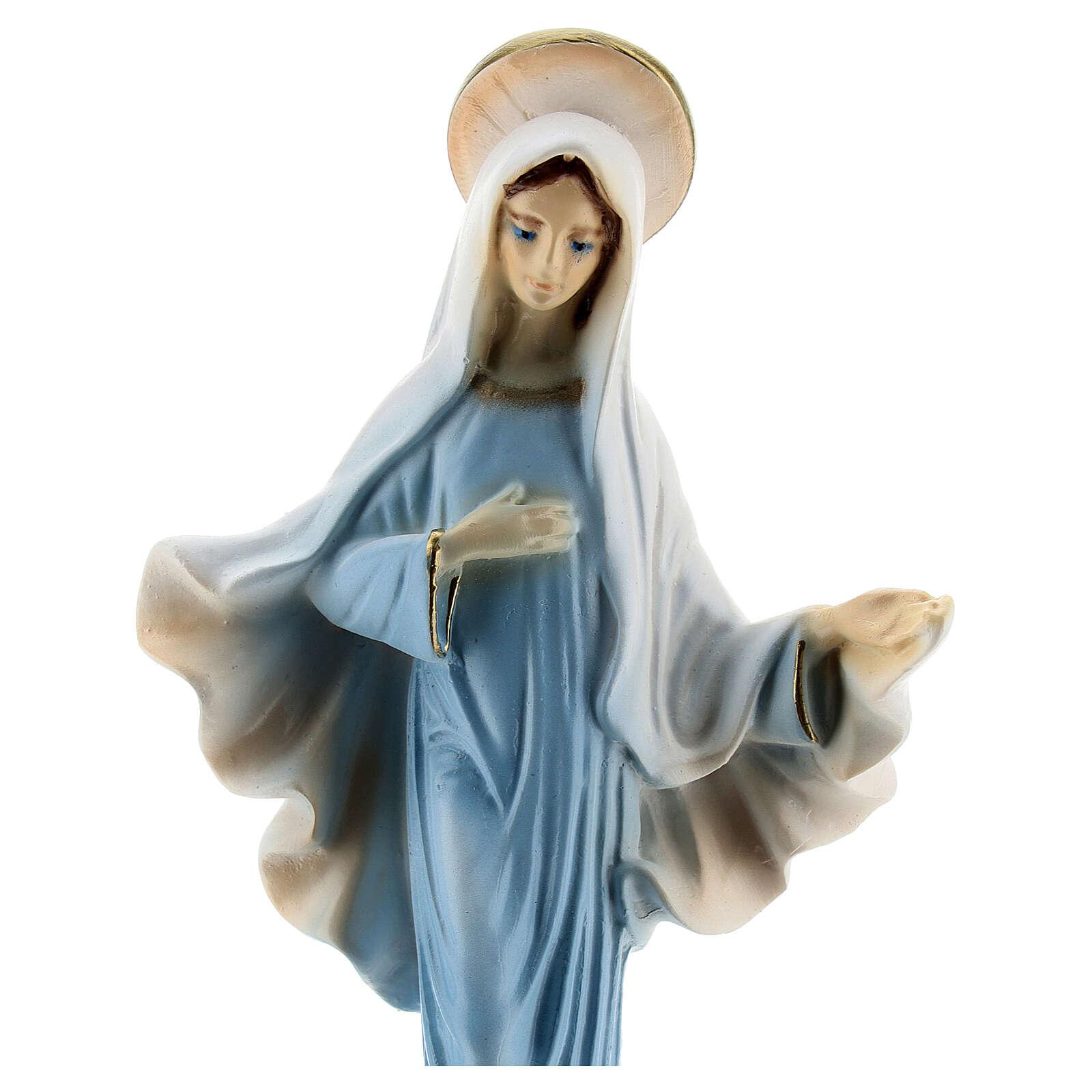 Madonna di Medjugorje polvere di marmo veste blu 15 cm 4