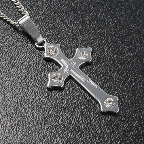 Cross pendant, trefoil in metal with rhinestones and chain 2