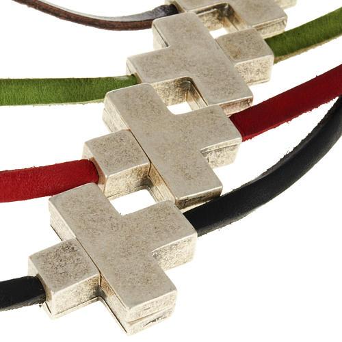 Collier croix métal cuir Medjugorje 2