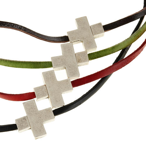 Religious necklace in leather with cross 1
