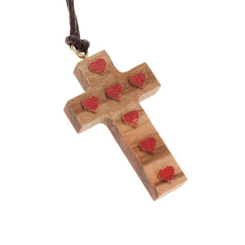 Cross pendant in olive wood with red hearts 1