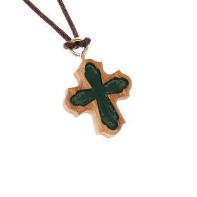 Cruz olivo gótica tallada verde s1