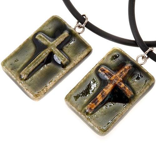 Colgante cerámica cuadrado con cruz 1