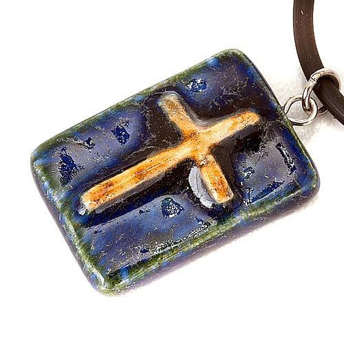 Pendentif céramique rectangulaire avec croix 2