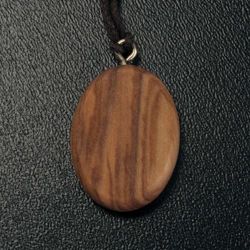 Wisiorek owalny drewno oliwne Madonnina 3