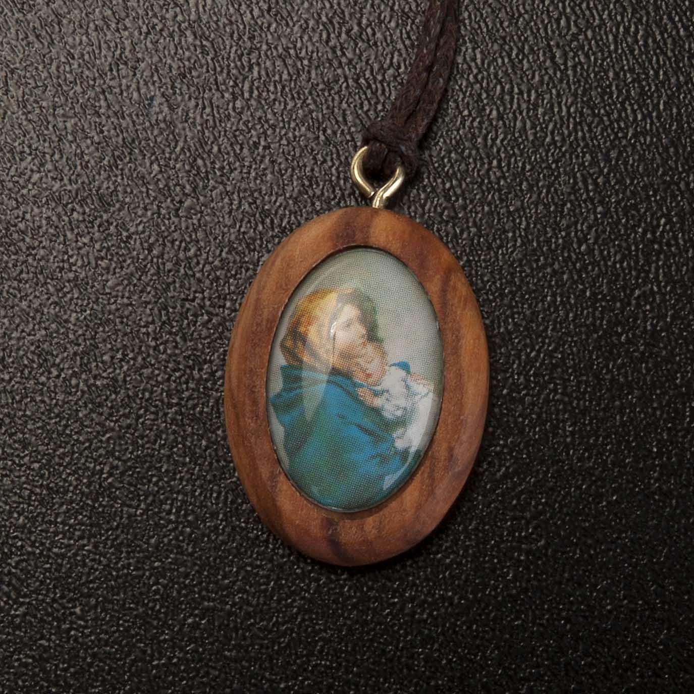 Olive pendant, oval with Ferruzzi's Madonna 4