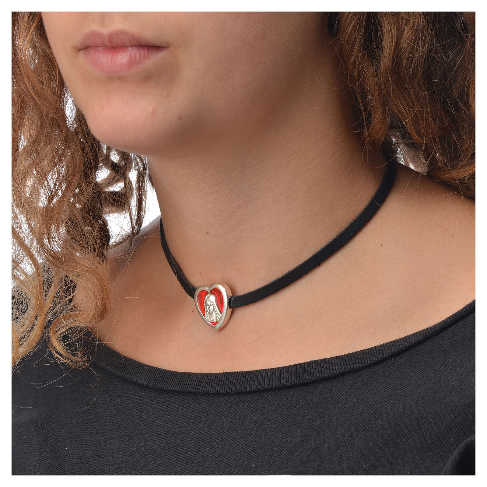 Choker necklace in black leather, Virgin Mary pendant red enamel 4