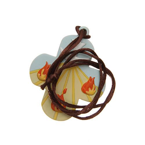 STOCK Croix Confirmation St Esprit résine coloré avec corde 7x6 cm 2