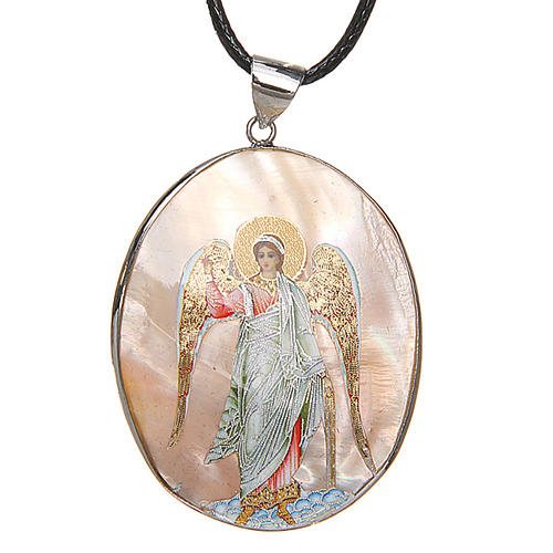 Pendant Guardian Angel natural mother-of-pearl 1