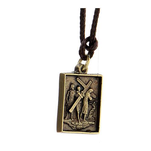 Collana Via Dolorosa Quinta Stazione Cristo aiutato lega ottonata Via Crucis