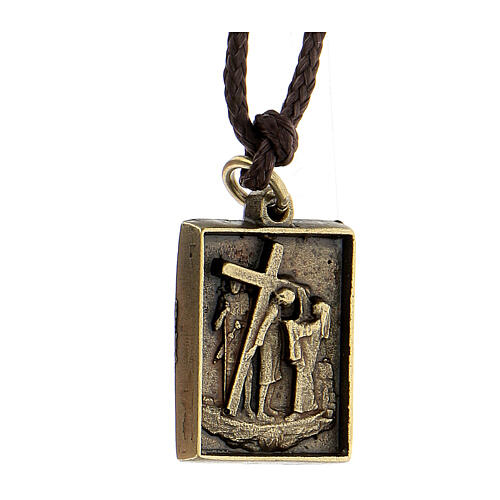 Ciondolo Via Dolorosa Sesta Stazione Via Crucis Veronica asciuga volto Cristo