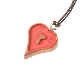 Pendentif coeur avec tau taillé s1