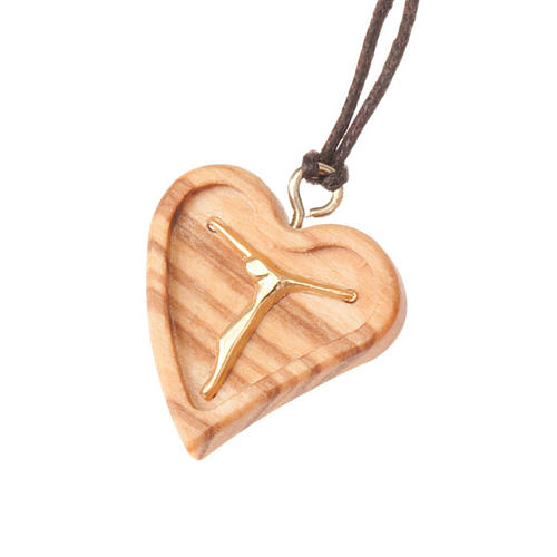 Pendant carved heart with Christ body 1