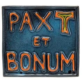 Pax et Bonum ceramic basrelief s1