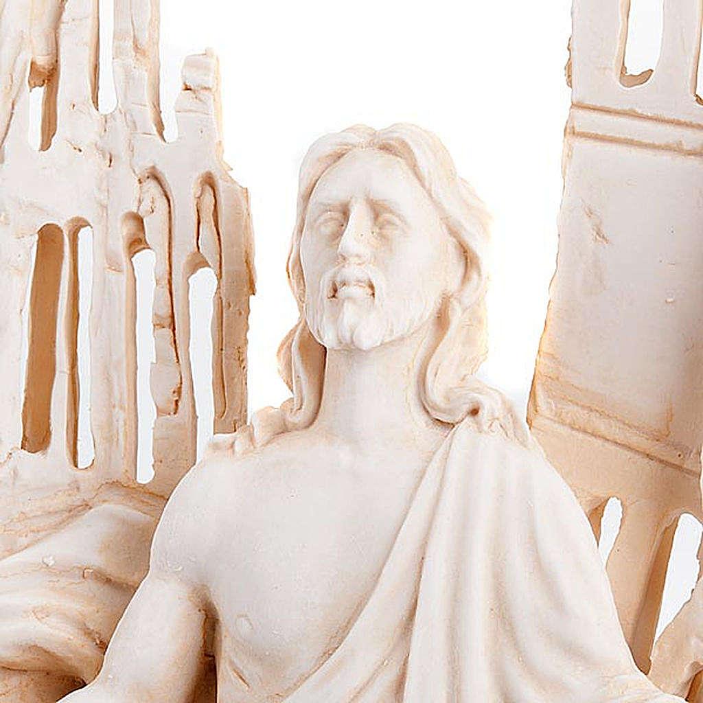 Sculture présentoir Ghirelli en mémoire du 11 Septembre 4