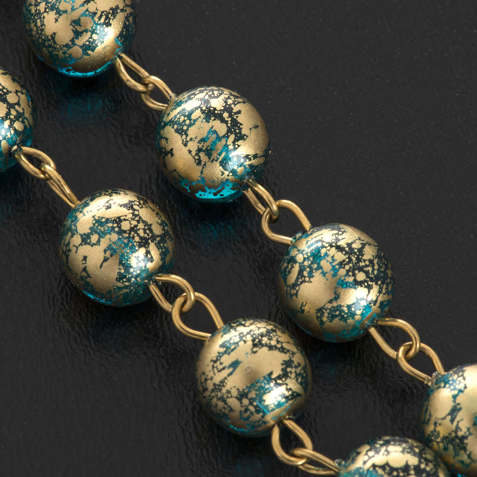 Rosario Ghirelli Gesù Risorto verde oro 8 mm 4
