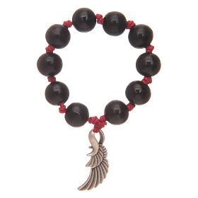 Decina rosario con grani in legno nero e ala dell'angelo s1