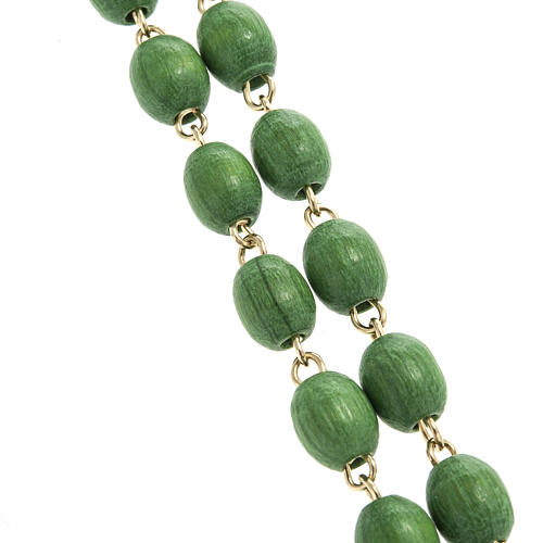 Rosary beads in green wood with golden clasp 2