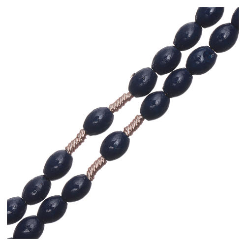 Rosario in legno blu scuro grani ovali legatura seta 8 mm 3
