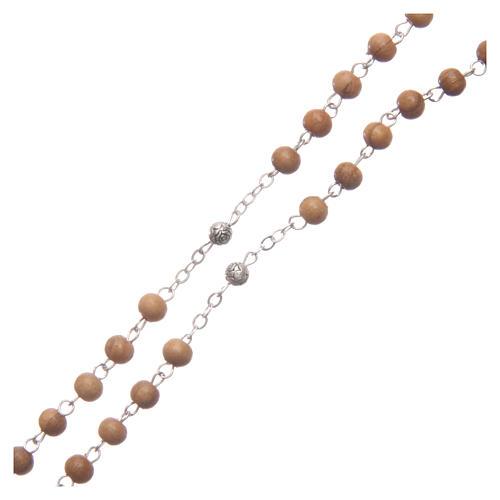 Szkatułka owalna z drewna oliwnego z różańcem z drewna 5 mm 5