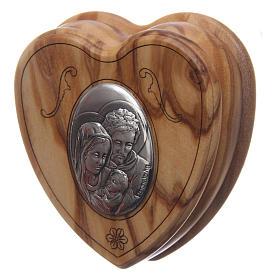 Caja corazón de olivo con rosario de madera 5 mm s2
