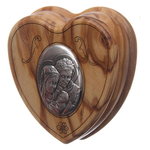 Caja corazón de olivo con rosario de madera 5 mm 2