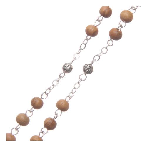 Caja corazón de olivo con rosario de madera 5 mm 5