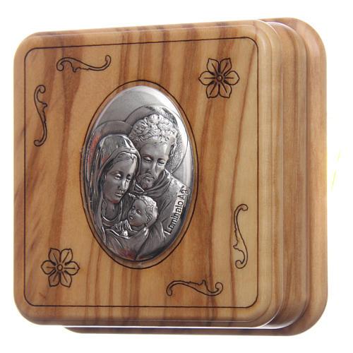 Szkatułka kwadratowa z drewna oliwnego z różańcem z drewna 5 mm 2