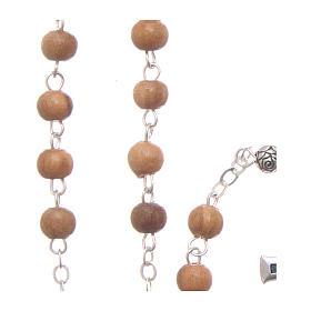 Szkatułka z drewna oliwnego Święta Rodzina z różańcem z drewna 5 mm okrągła s5