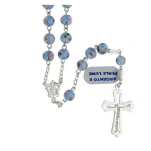 Terço prata 925 pérolas de vidro 6 mm azuis e cruz perfurada 2