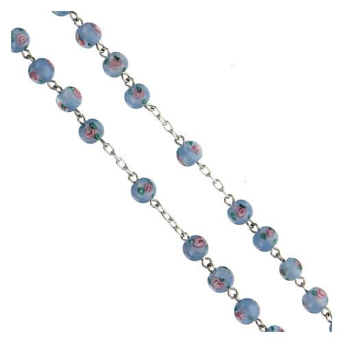 Terço prata 925 pérolas de vidro 6 mm azuis e cruz perfurada 3