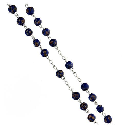 Terço prata 925 contas de vidro 6 mm azul e ouro com crucifixo trilobado 3
