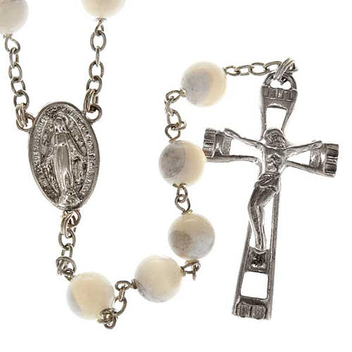 Mother of pearl rosary beads, round, 7mm 1