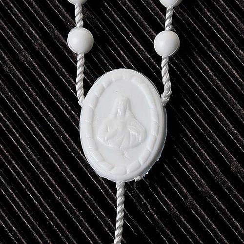 Preiswerter Rosenkranz aus Nylon in der Farbe Weiß 5 mm 4