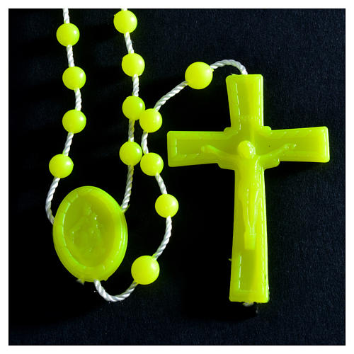 Rosenkranz, phosphoreszierend gelb Kunststoffperlen auf Nylonkordel 5